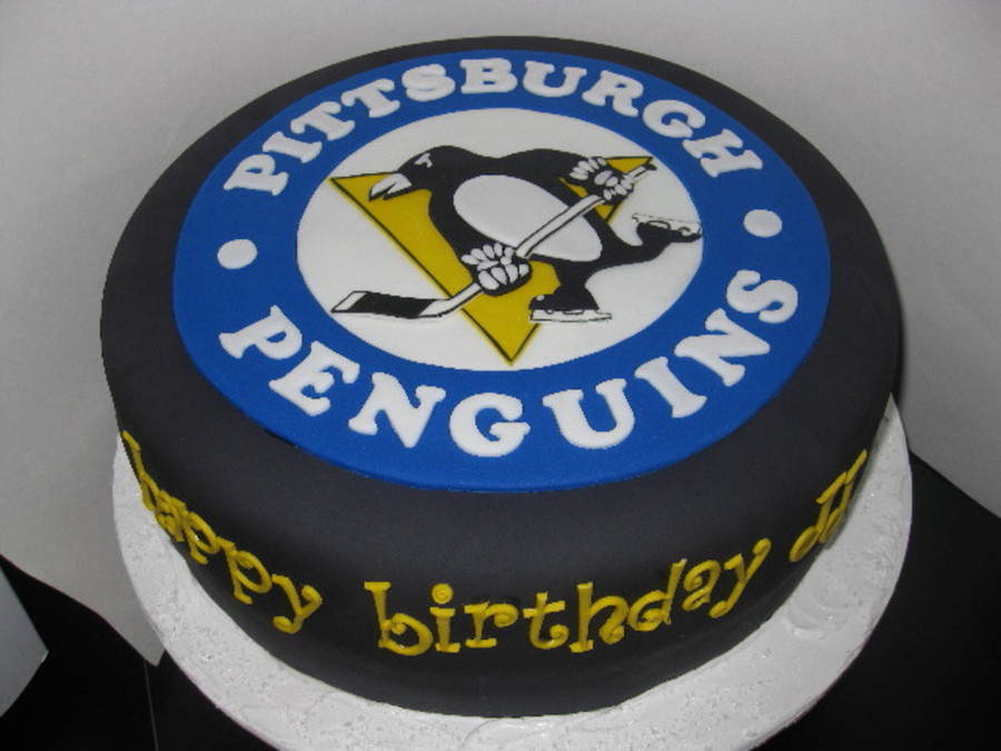 Magnificent Pittsburgh Penguin Hockey Puck Cakecentral Com Personalised Birthday Cards Veneteletsinfo
