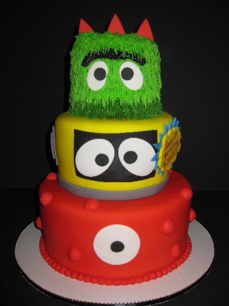 Strange Yo Gabba Gabba Birthday Cake Cakecentral Com Funny Birthday Cards Online Elaedamsfinfo