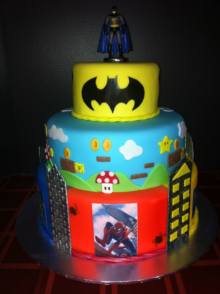 Super Heroes Cake on Cake Central