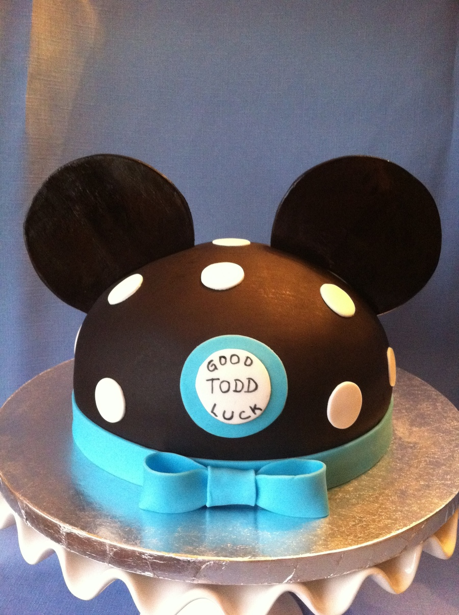 Mickey's Hat on Cake Central