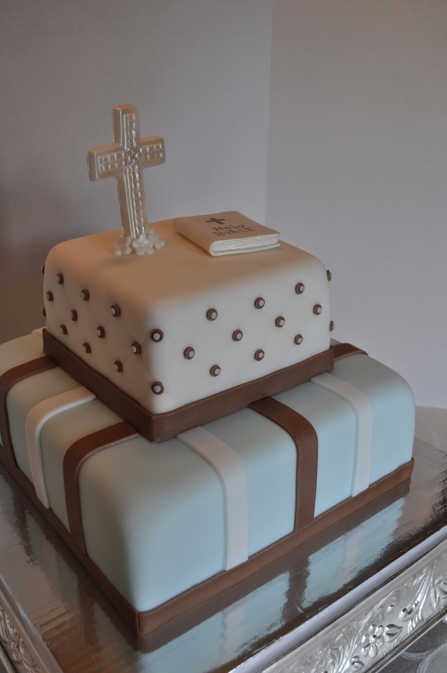Boy's Communion Cake on Cake Central