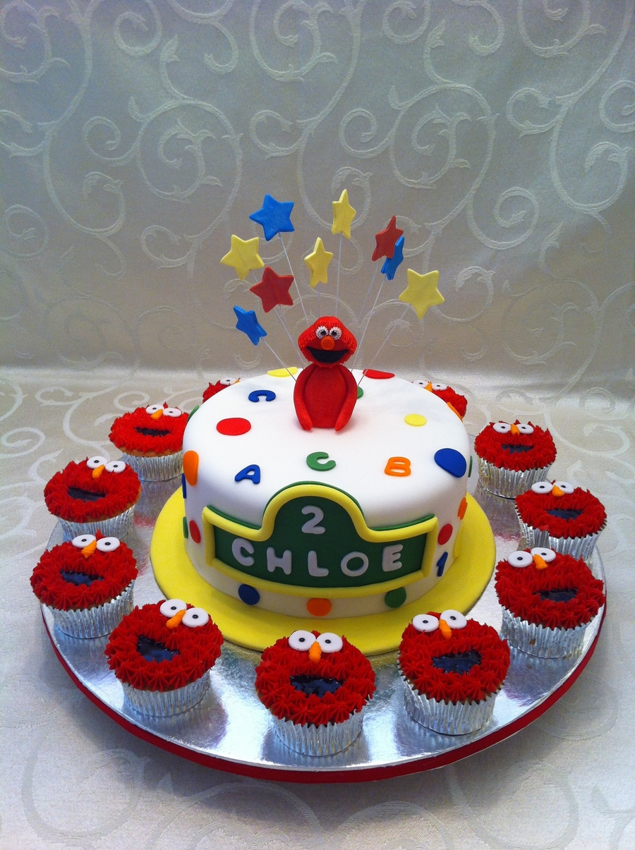 Elmo Cake And Cupcakes on Cake Central