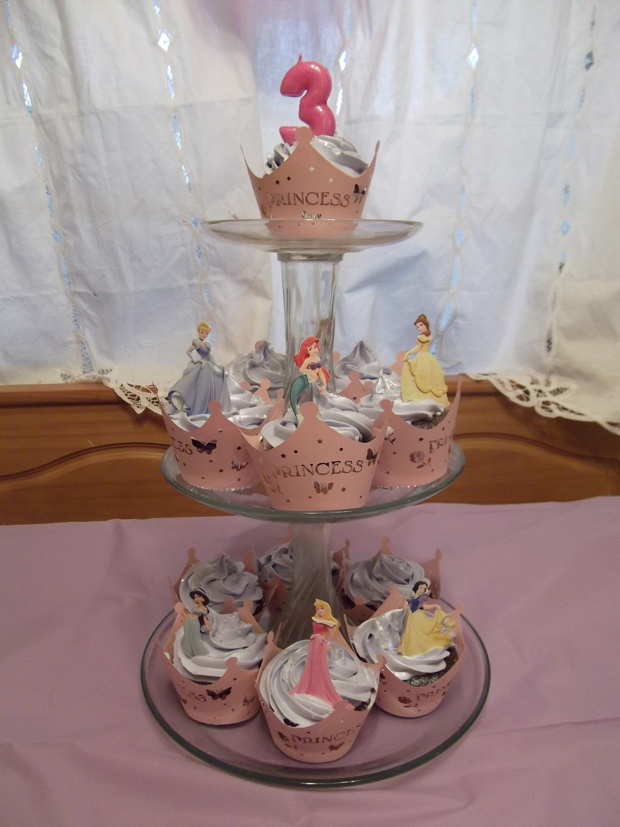 Princess Cupcakes! on Cake Central