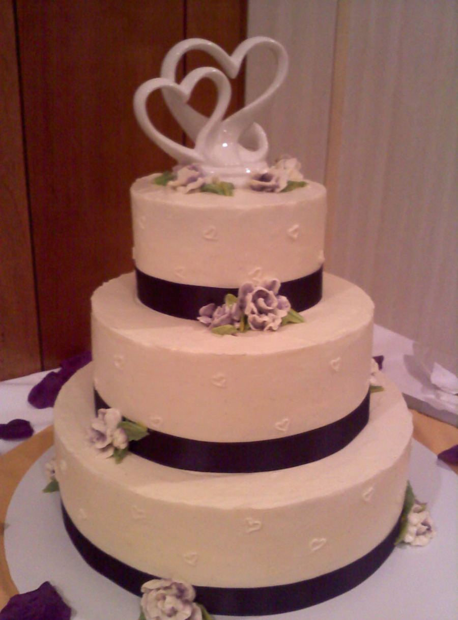 wedding cake with ribbon purple satin ribbon wedding cake cakecentral 26957