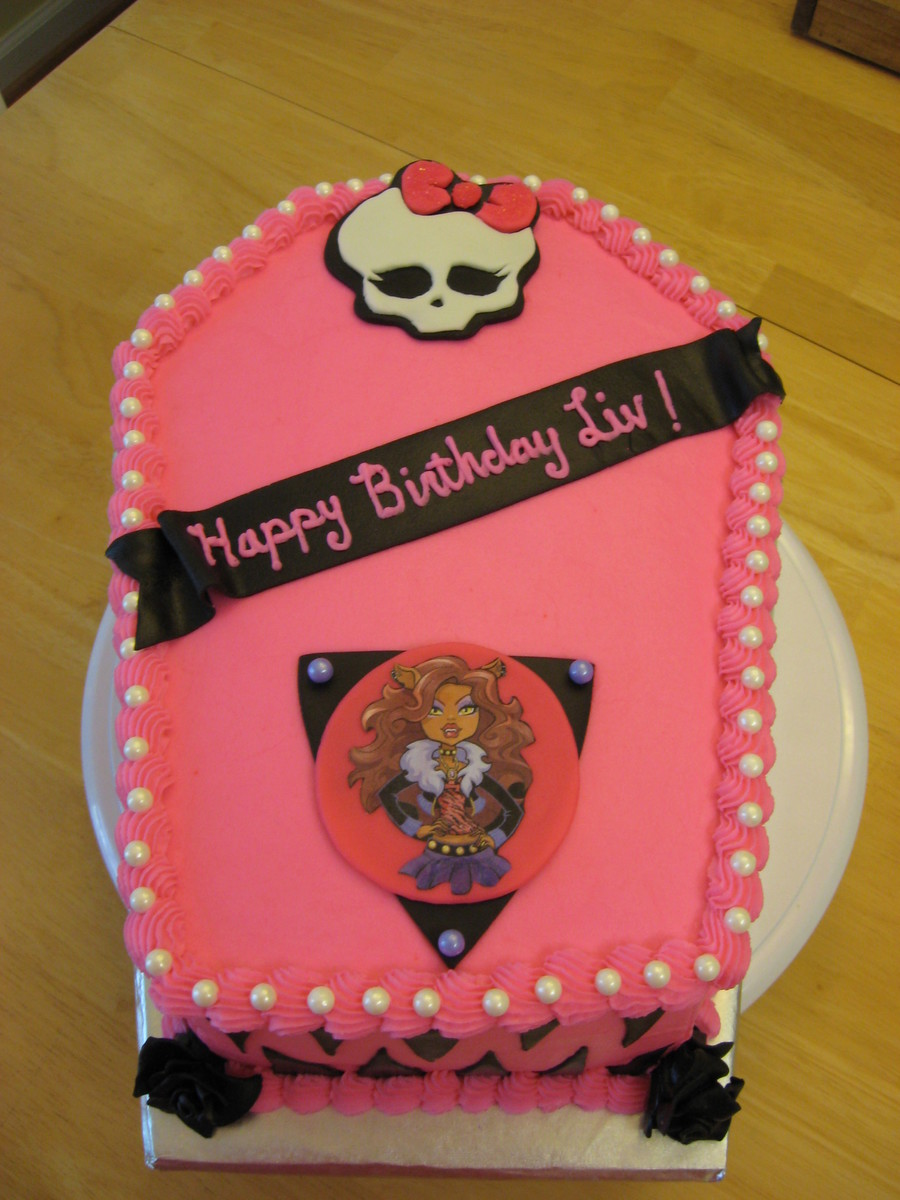 Monster High Birthday Cake I Took A 12 Sheet Cake Cut In ...