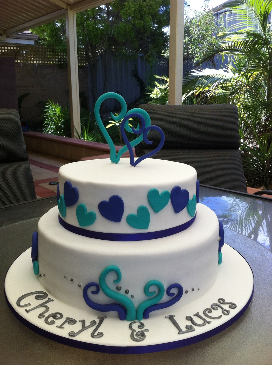Purple And Turquoise on Cake Central