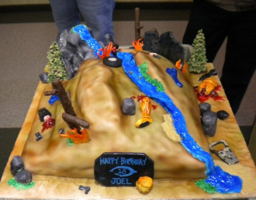 Halo Battlefield Birthday Cake CakeCentralcom