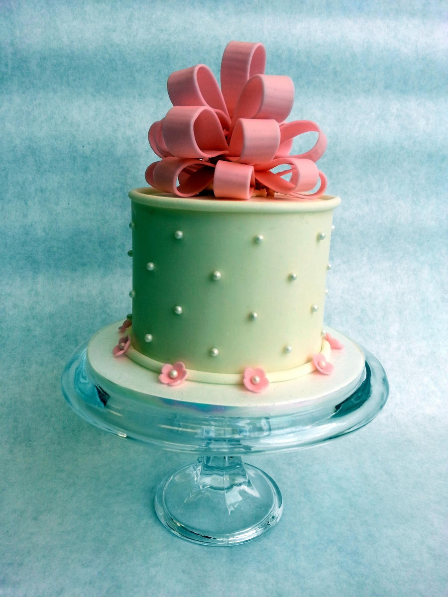 Fondant Loop Bow Cake Cakecentral