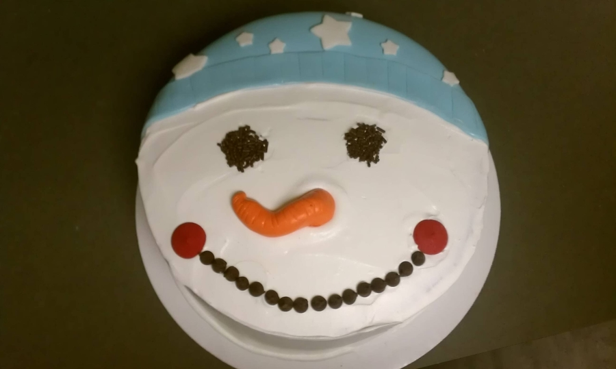 Snowman Icecream Cake on Cake Central