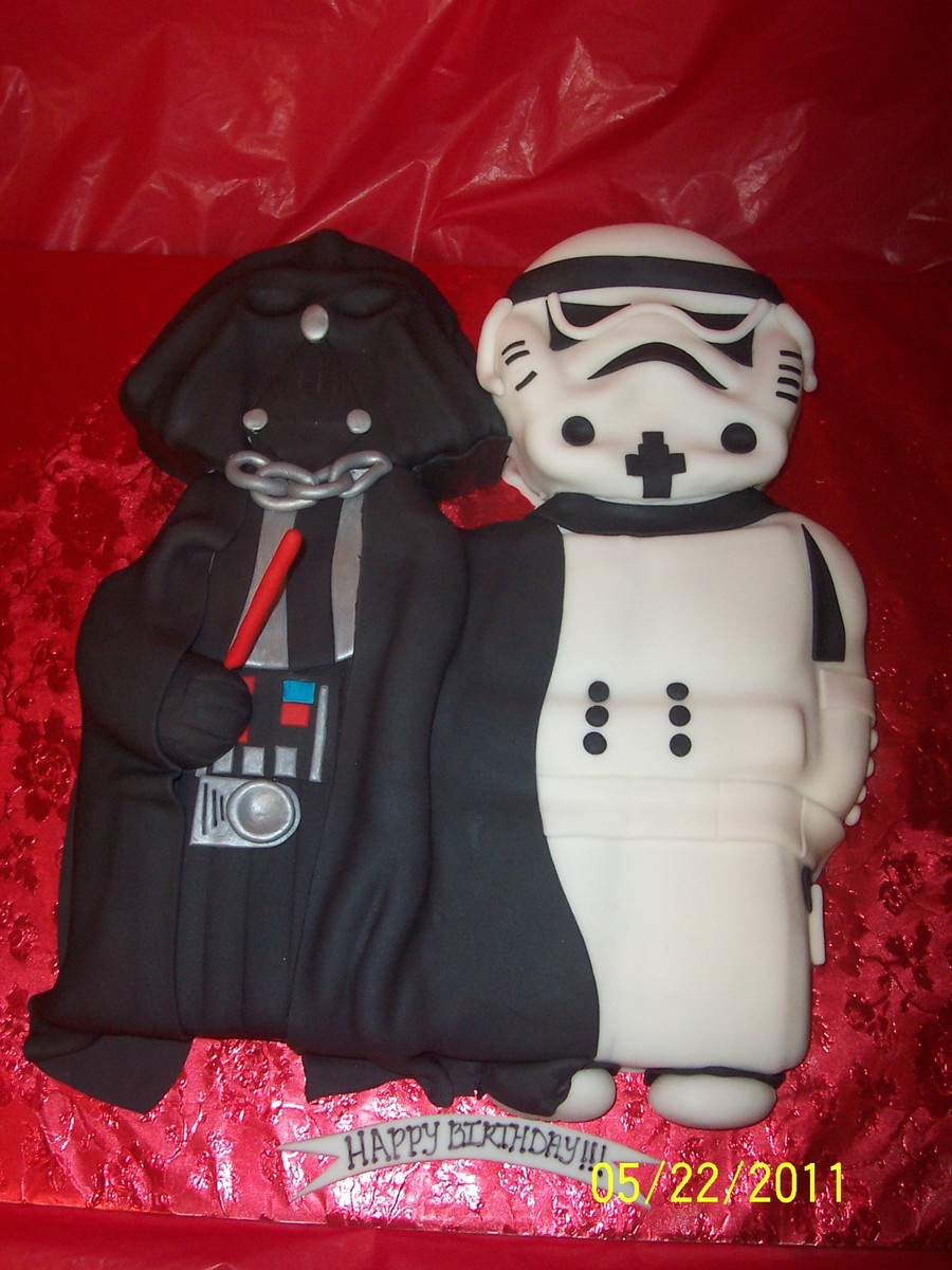 Darth Vadar And Storm Trooper on Cake Central