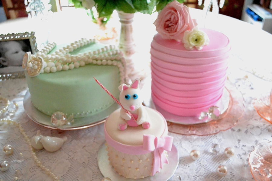 Pleasant Shabby Chic Birthday Cake Trio Cakecentral Com Personalised Birthday Cards Vishlily Jamesorg