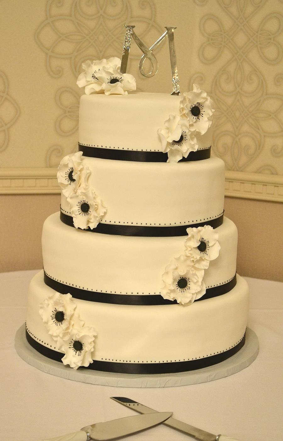 White Anemone Cake - CakeCentral.com