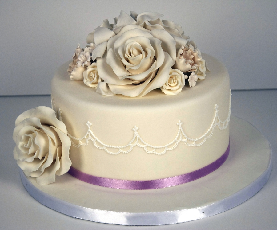 Single Tier Wedding Cake on Cake Central