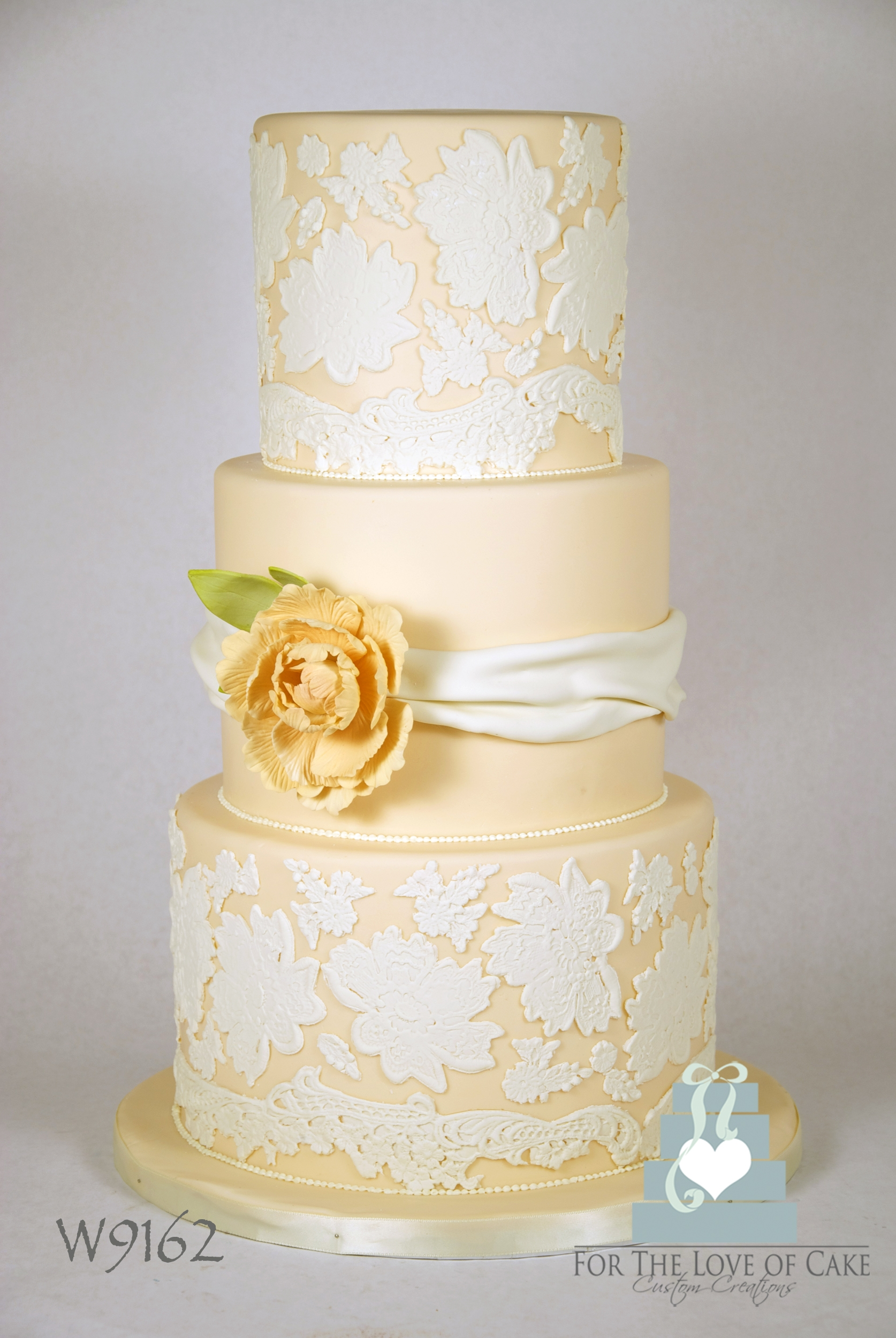 peach wedding cake gallery lace wedding cake cakecentral 18146