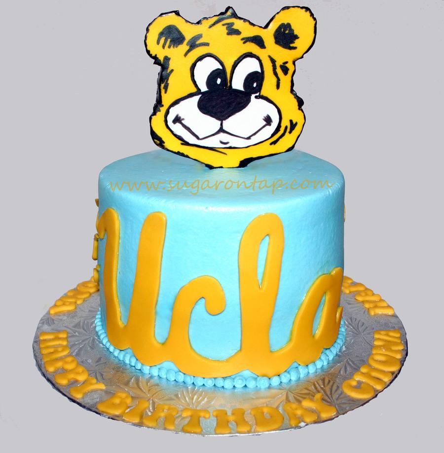 Bruins Birthday Cake