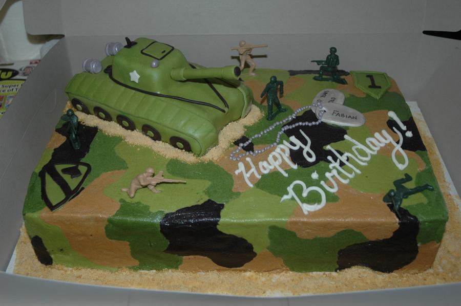 Cake Designs For Military : Army Cake - CakeCentral.com