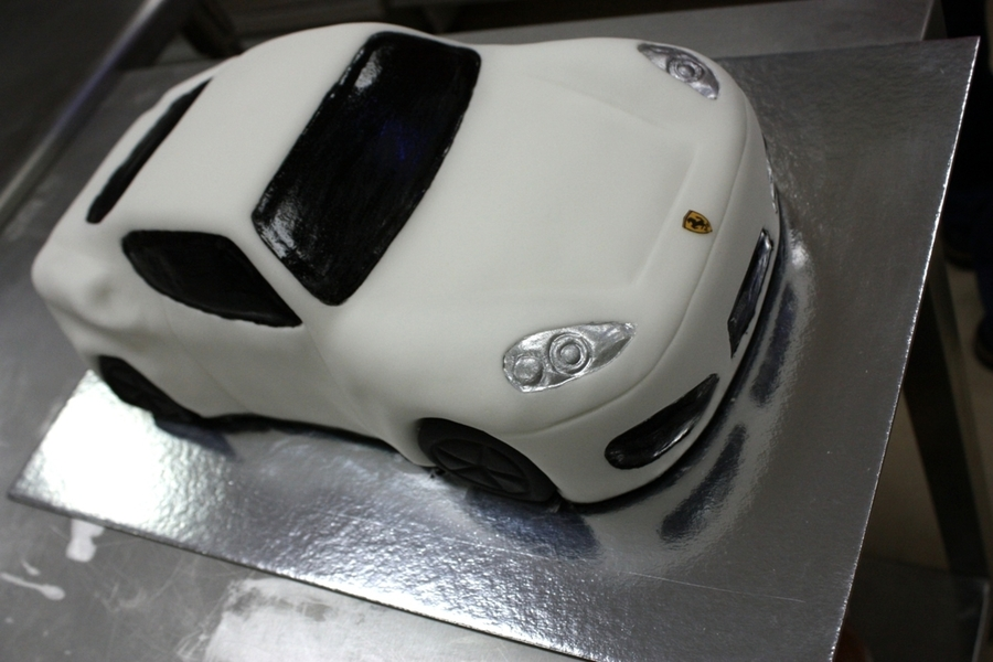 Download Car Cake Images : Ferrari Car Cake - CakeCentral.com