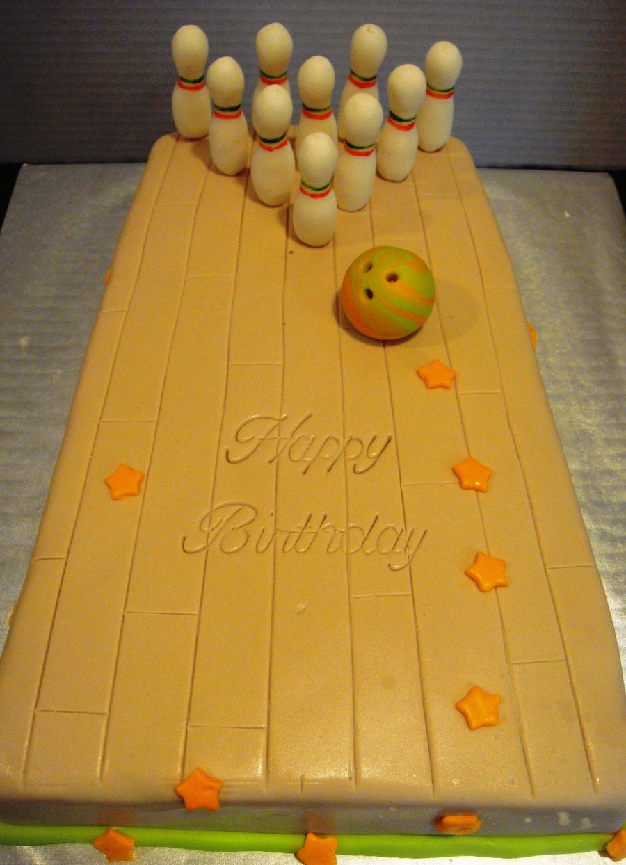 Bowling Party Cake on Cake Central