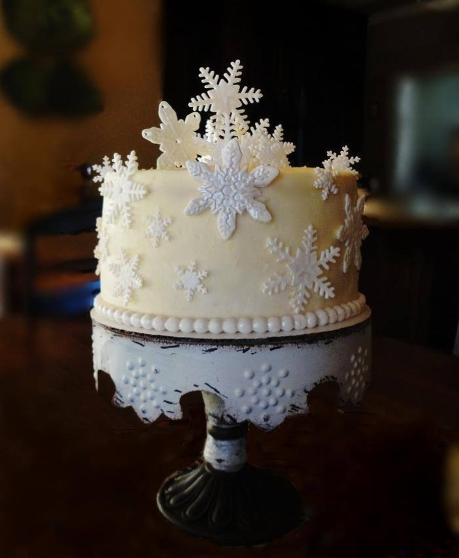 Terrific Snowflake Birthday Cake Cakecentral Com Funny Birthday Cards Online Alyptdamsfinfo