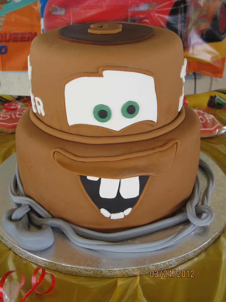 Tow Mater on Cake Central
