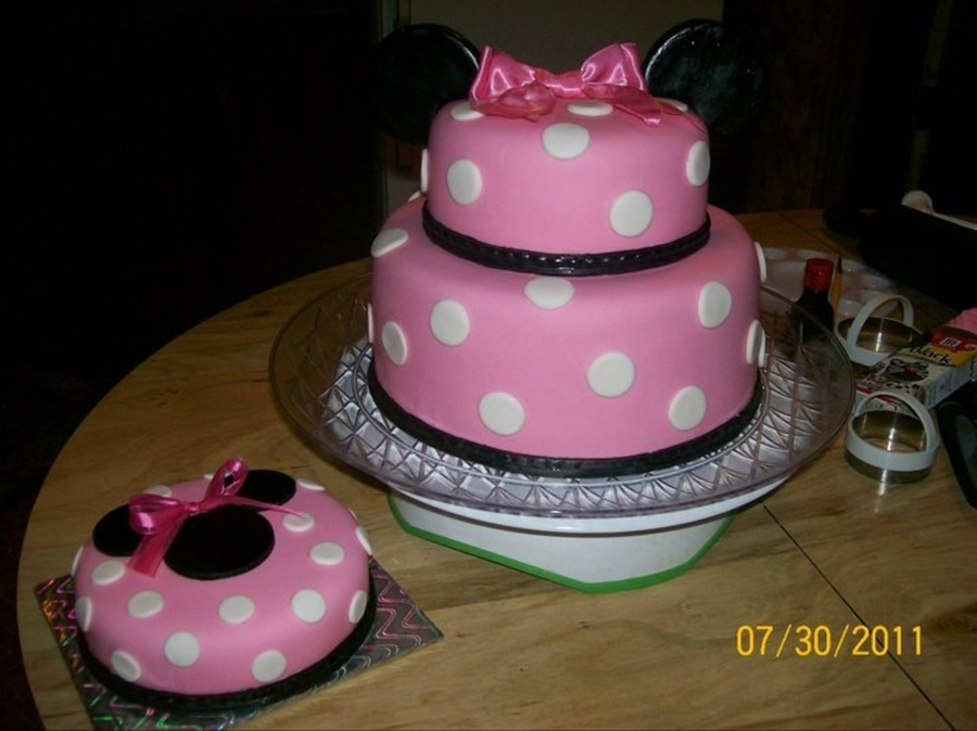 Minnie Mouse W/smash Cake on Cake Central
