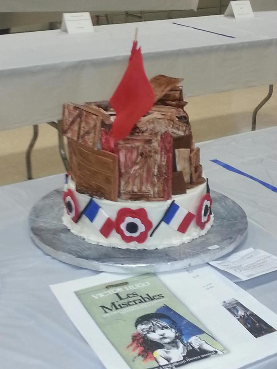 For The Garden State Cake Show Theme Tales Through Cakes My Interpretation Of Les Miserables Barricades Scene Used Bob Wonderbuns R on Cake Central