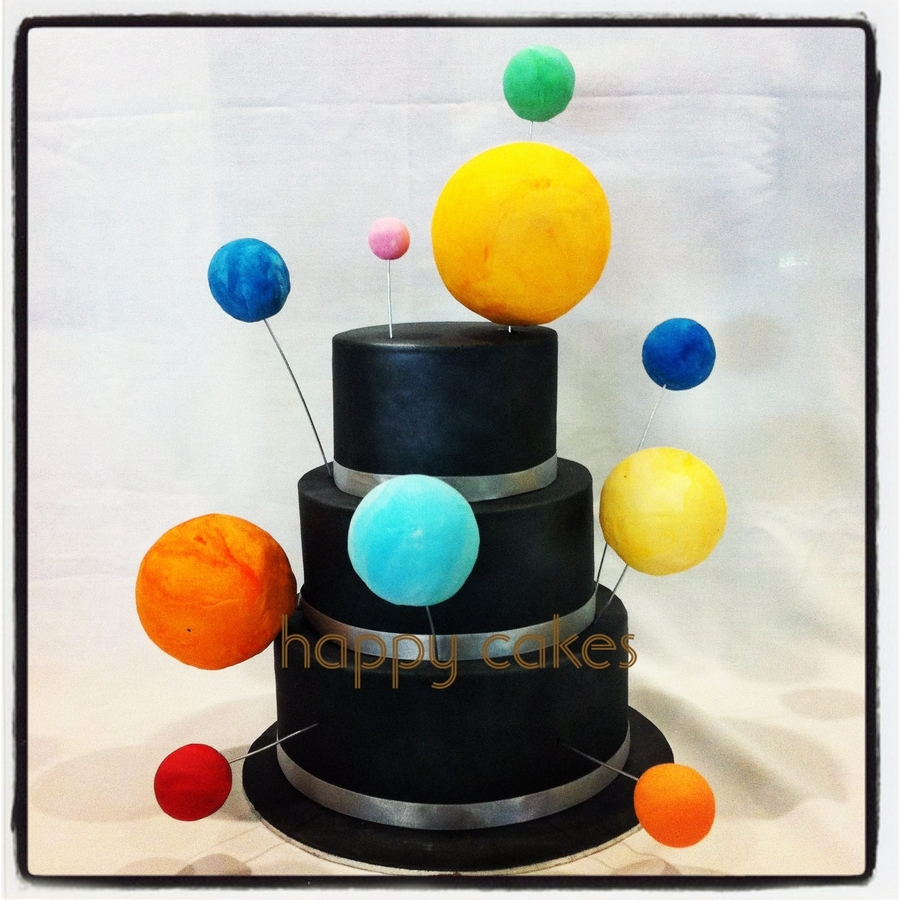 Solar System Wedding Cake on Cake Central
