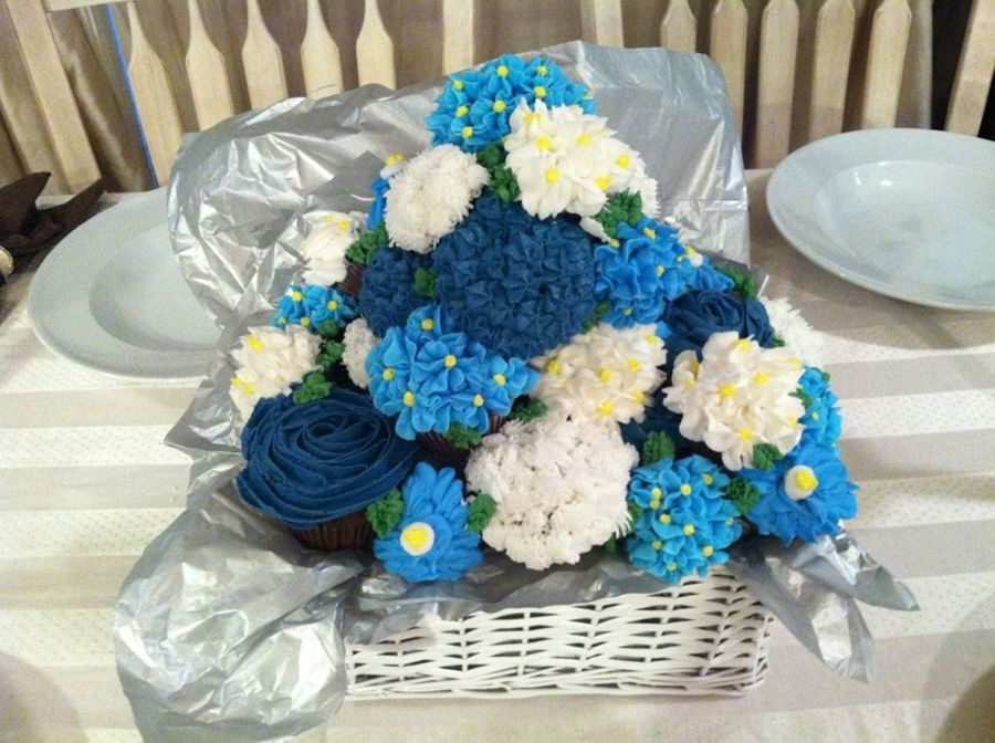 Shades Of Blue on Cake Central