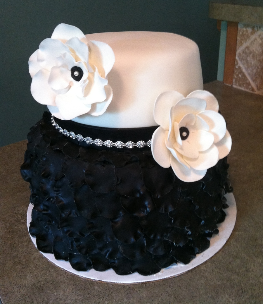 Black And White Birthday Cake 2 Tier Petal Cake Cakecentral