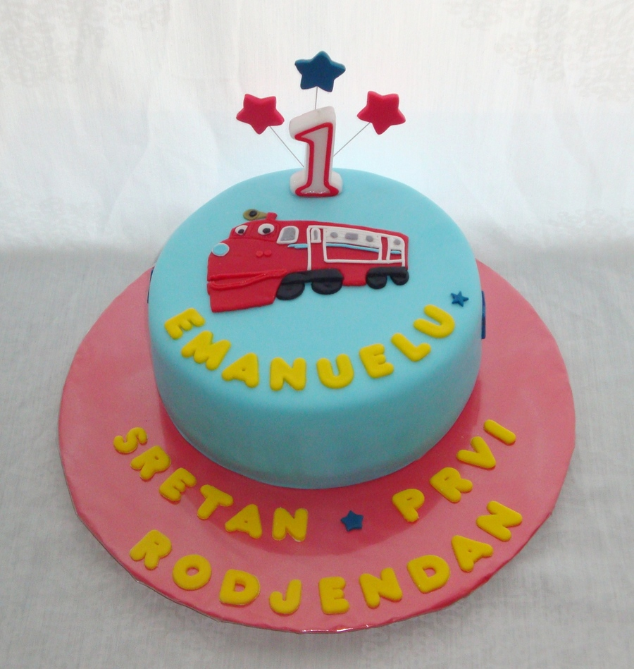 Pleasing Chuggington Cake For A 1St Birthday Cakecentral Com Funny Birthday Cards Online Overcheapnameinfo