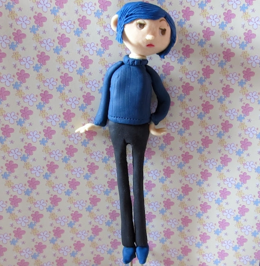 how to make a fondant coraline cake topper