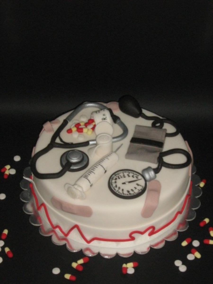 900_714847V59u_medical-cake.jpg