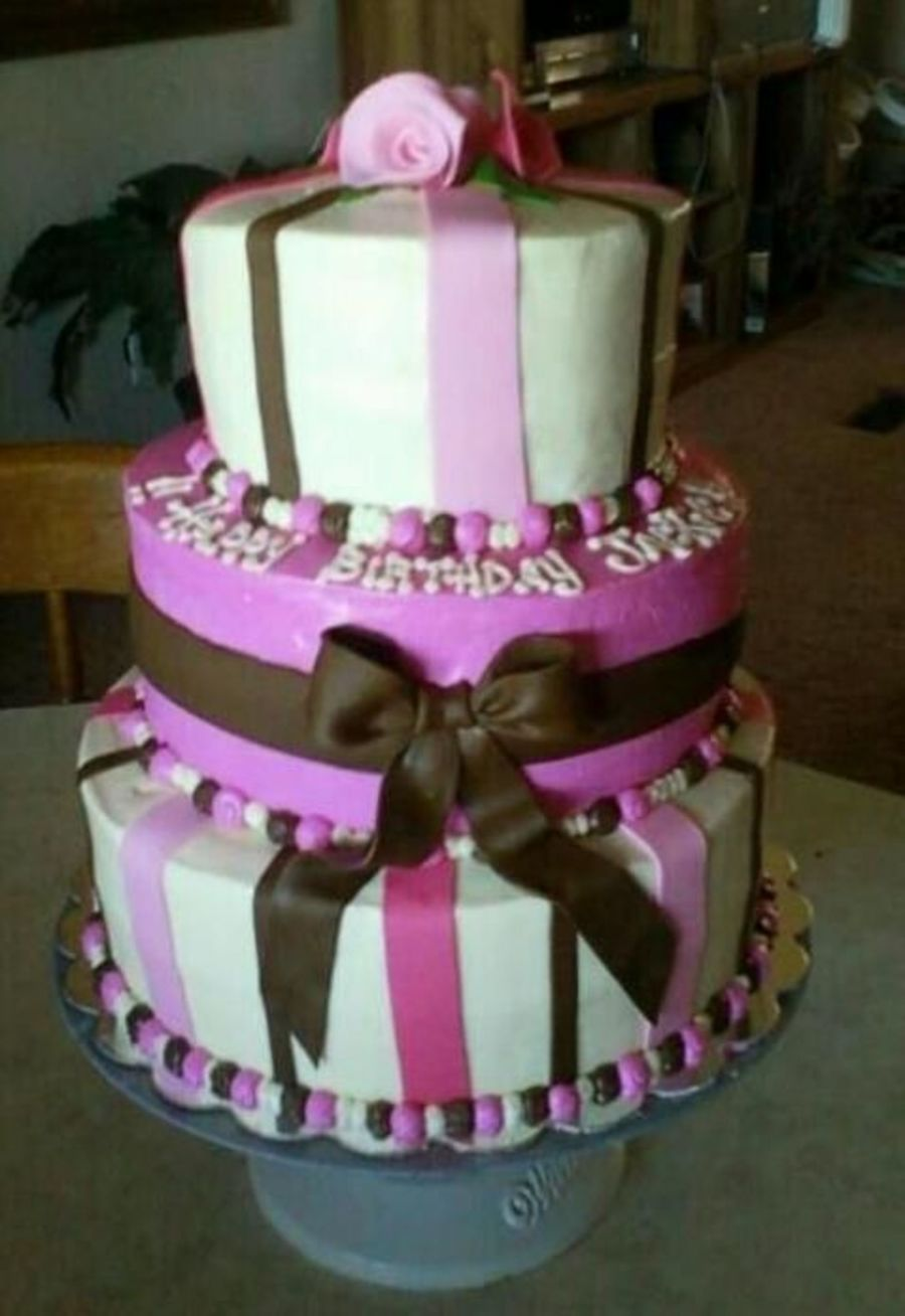 Simplebut Pretty on Cake Central