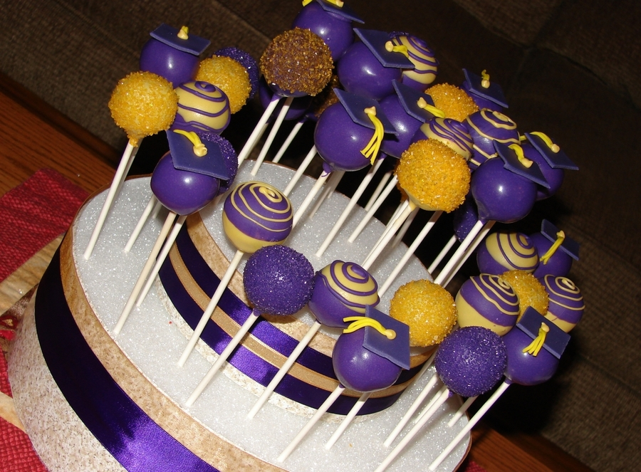Purple And Gold Graduation Cake Pops Cakecentral Com