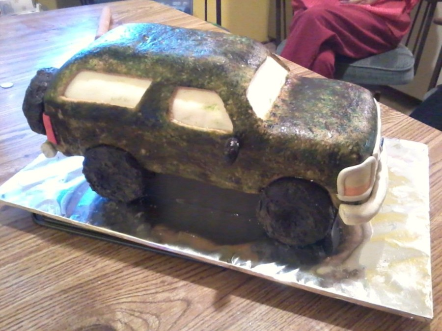 Camo Ford Bronco on Cake Central