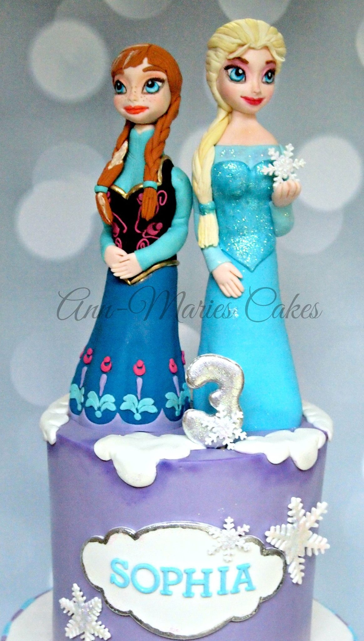 Frozen Birthday With Elsa And Anna CakeCentralcom