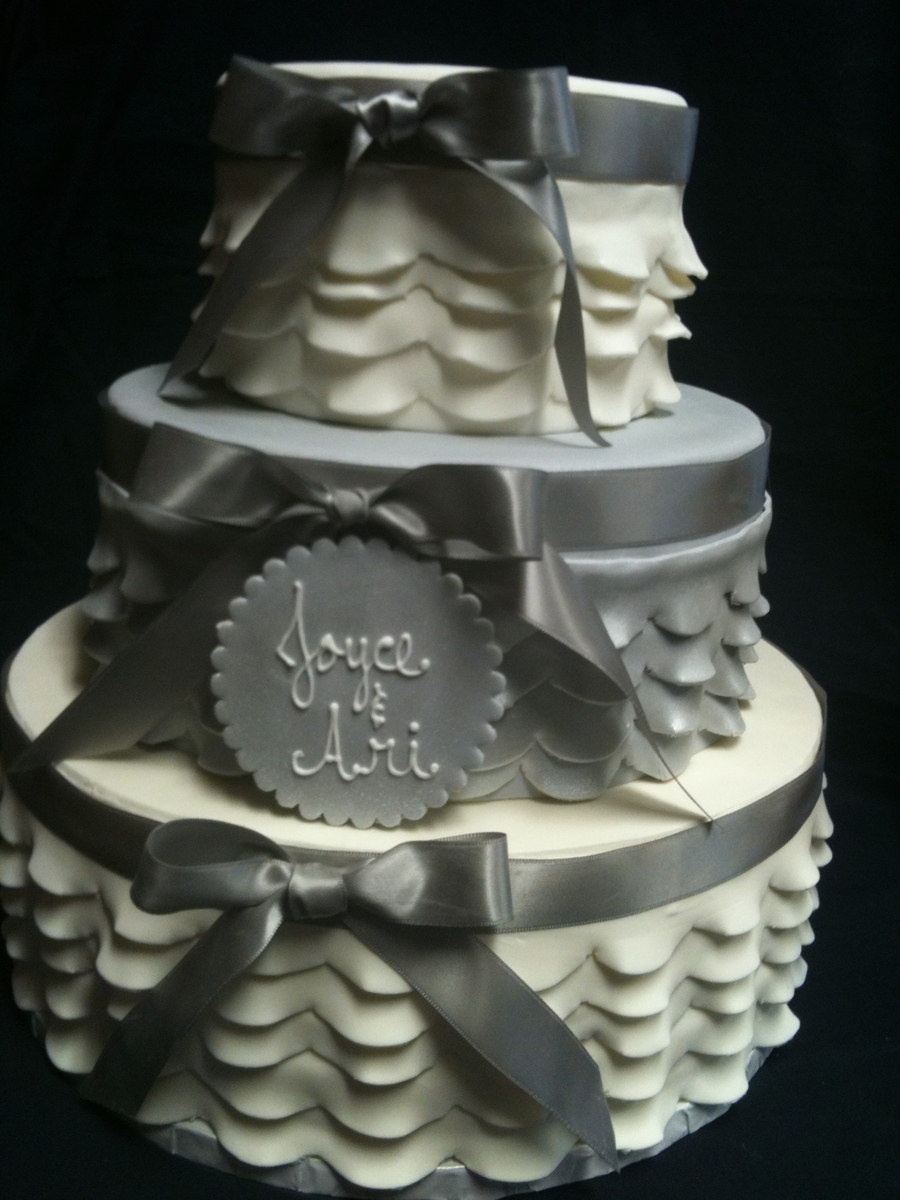 Romantic Ruffles on Cake Central