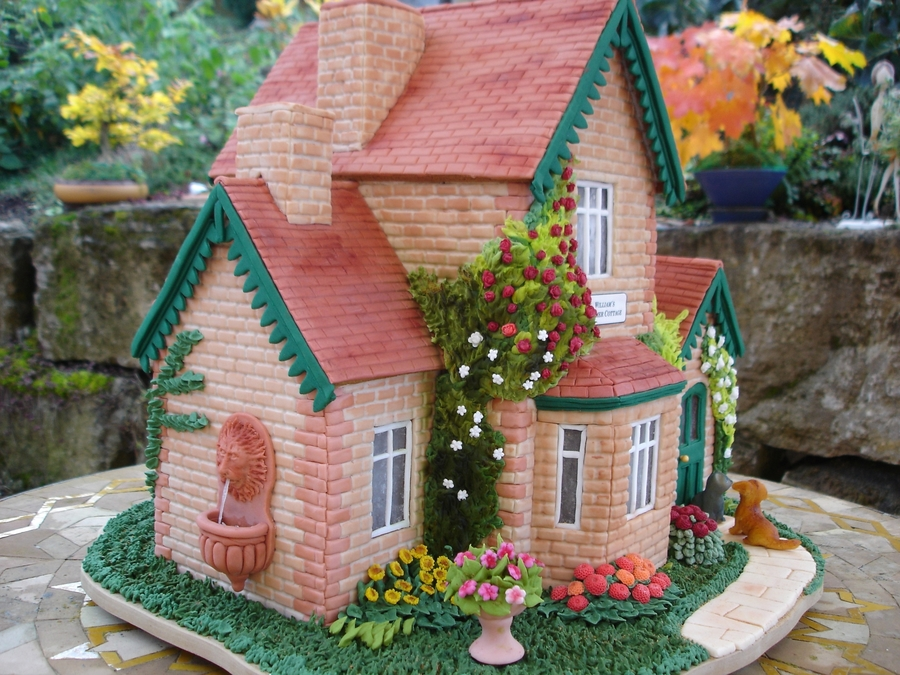 Gingerbread House Ideas & Inspiration #holidaybaking #gingerbreadhouse