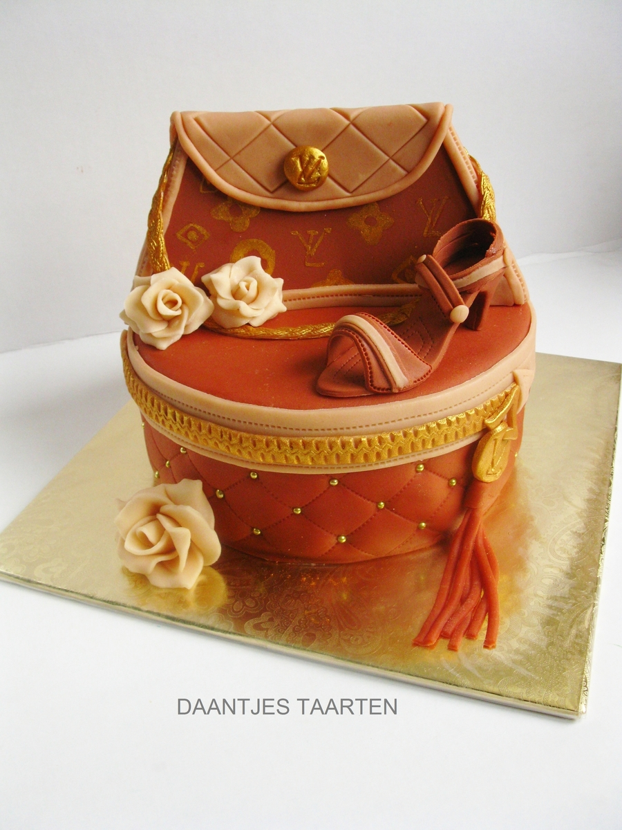 Louis Vuitton on Cake Central