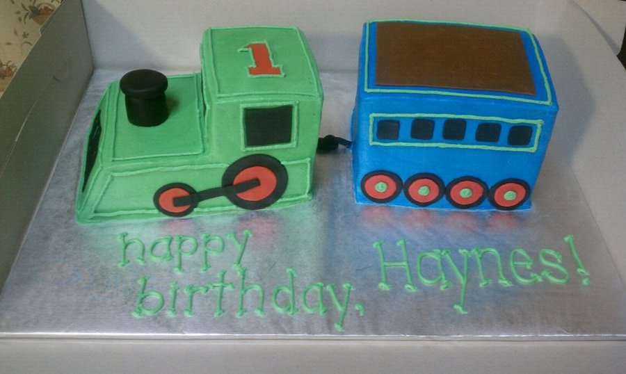 Awe Inspiring Choo Choo Train First Birthday Cake Cakecentral Com Personalised Birthday Cards Veneteletsinfo