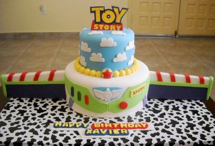 Buzz Spaceship Cake