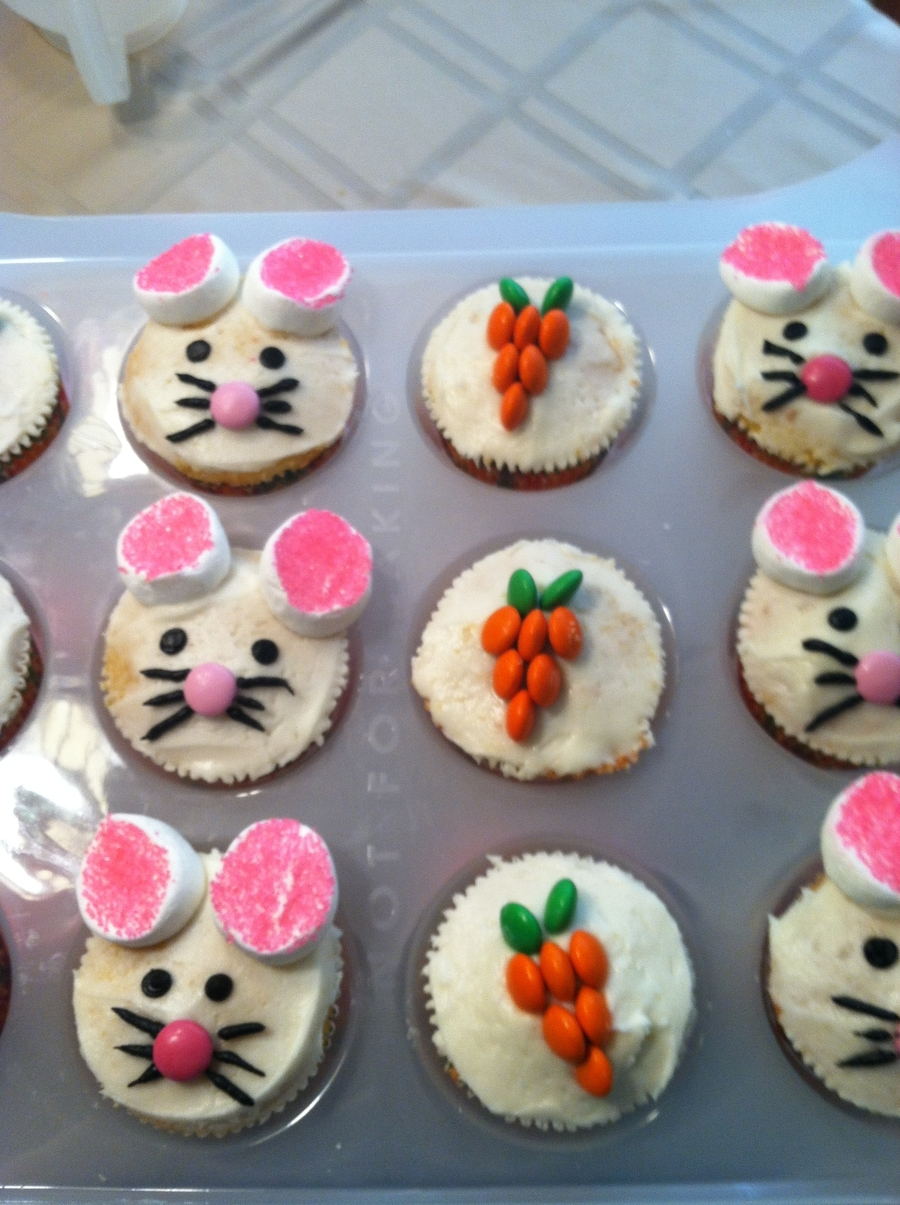 Bunny And Carrots on Cake Central