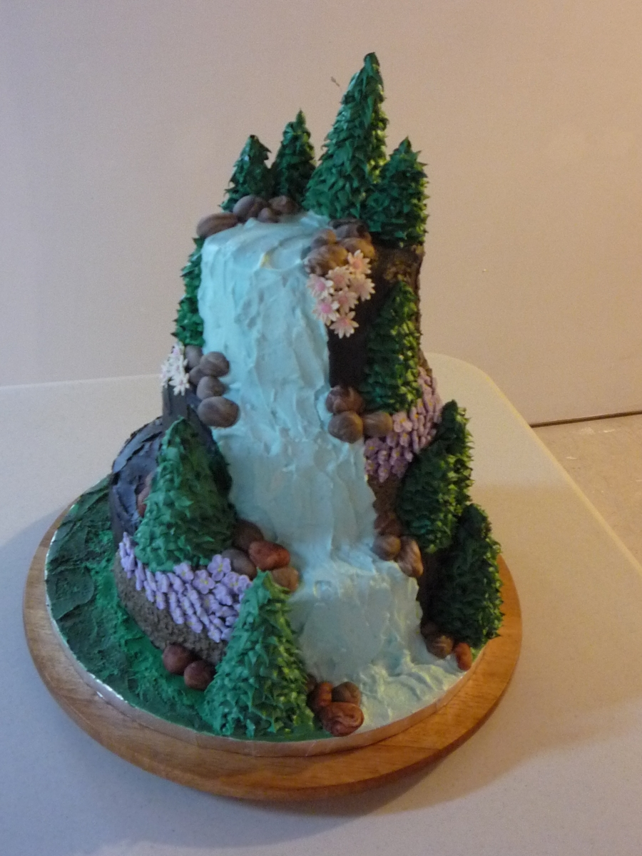 Waterfalls Cake CakeCentralcom