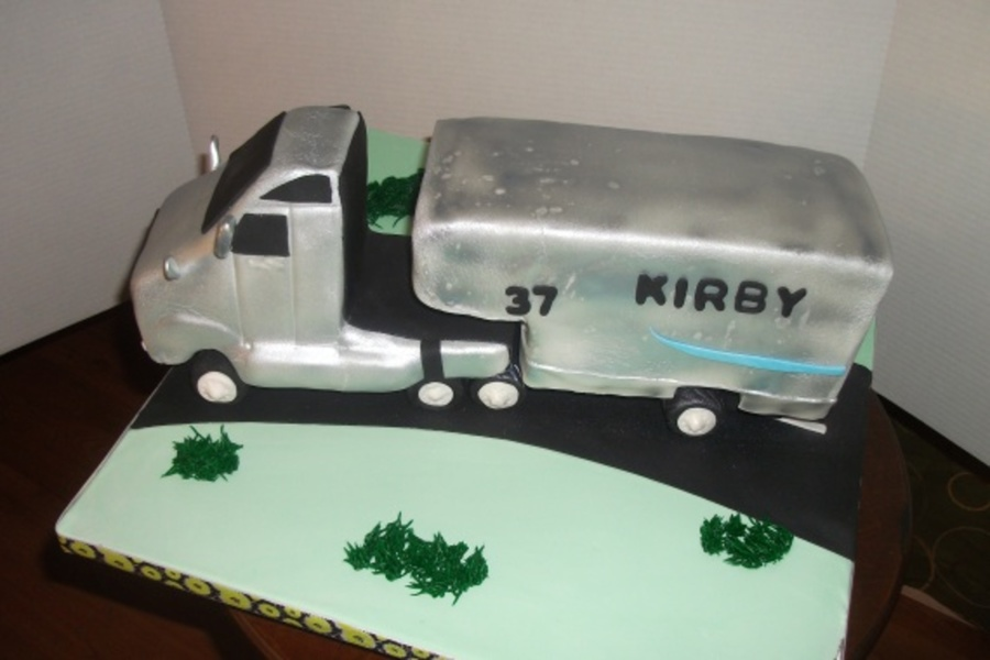 Big Rig Truck on Cake Central