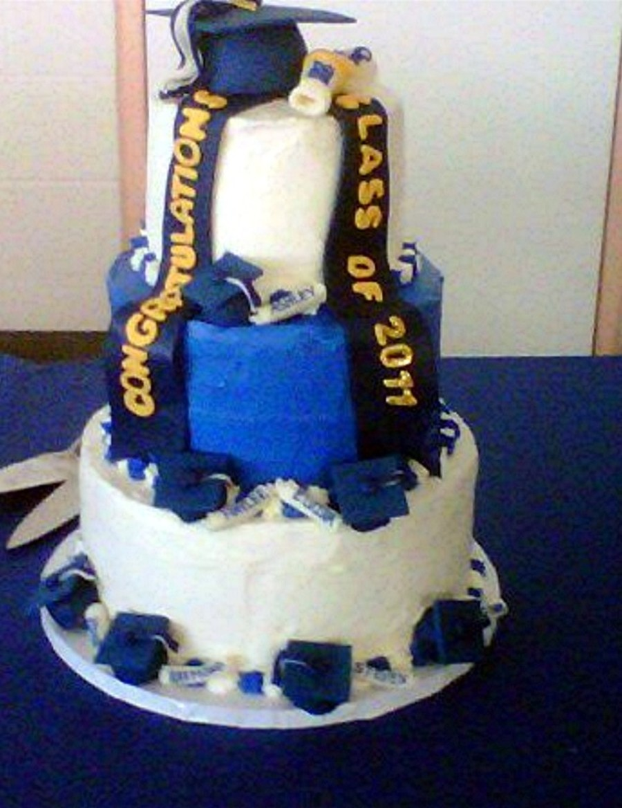Graduating Class Of 2011 on Cake Central