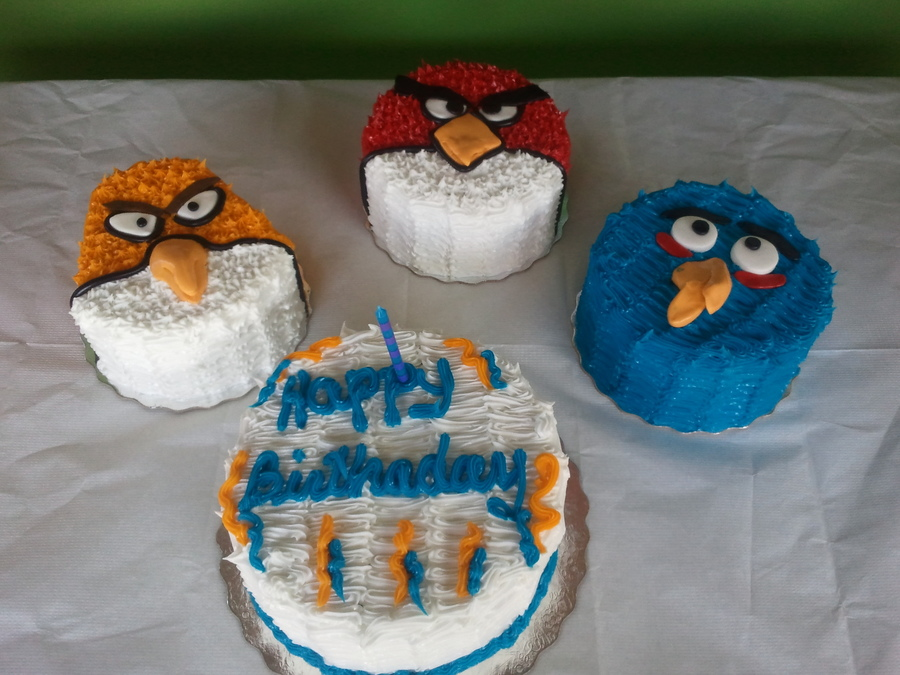 Angry Bird Elba on Cake Central