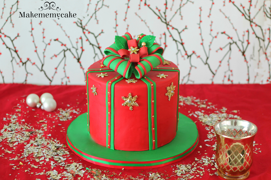 Christmas Gift Box Cake!! on Cake Central