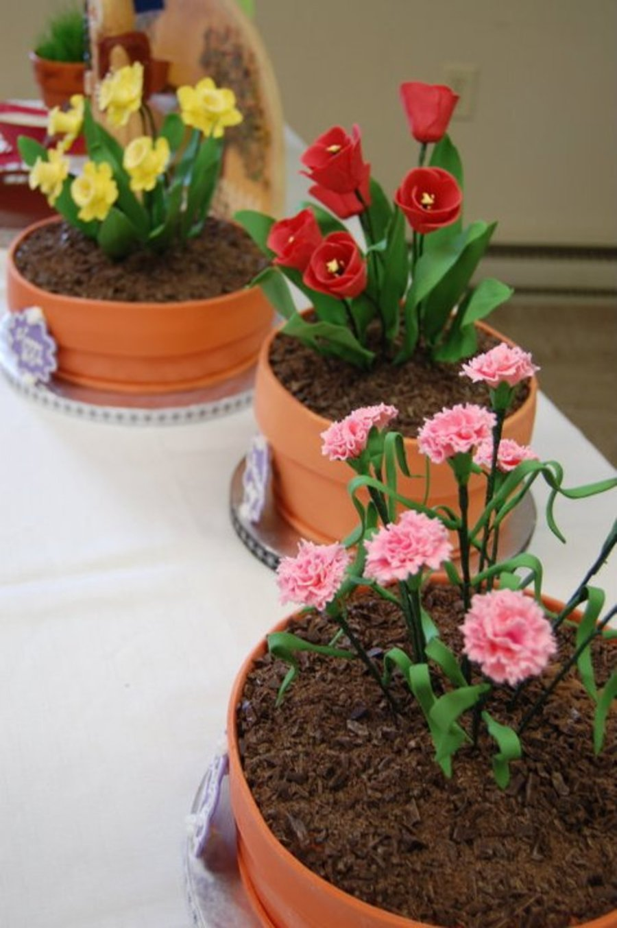 Alices 80th birthday flower pot cakes cakecentral izmirmasajfo Images