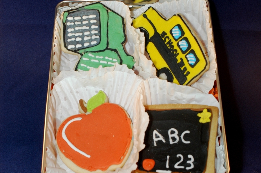 Back To School Cookies on Cake Central