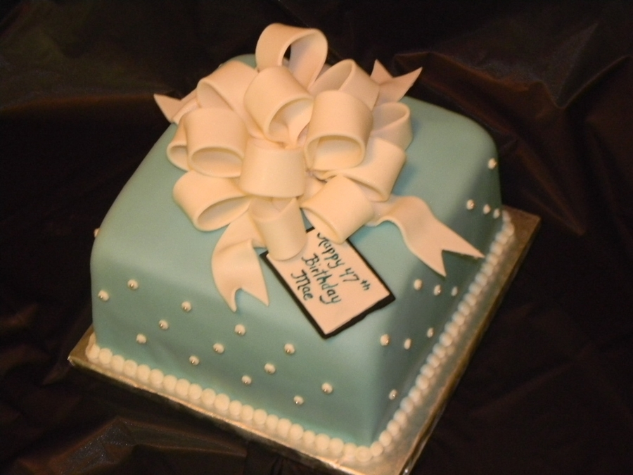 Remarkable Tiffany Blue Birthday Cakecentral Com Funny Birthday Cards Online Alyptdamsfinfo